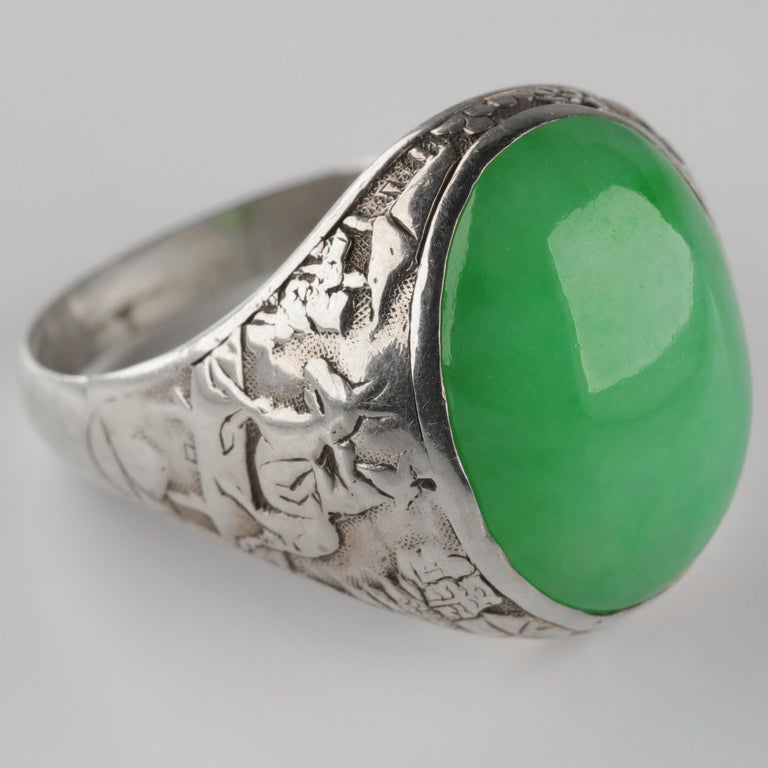 Jade Ring Certified Untreated Hand Carved Vignette Setting, circa 1910 For Sale 8