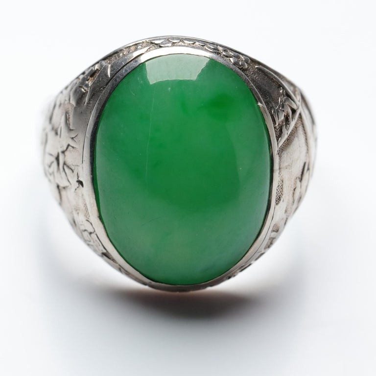 Jade Ring Certified Untreated Hand Carved Vignette Setting, circa 1910 For Sale 11