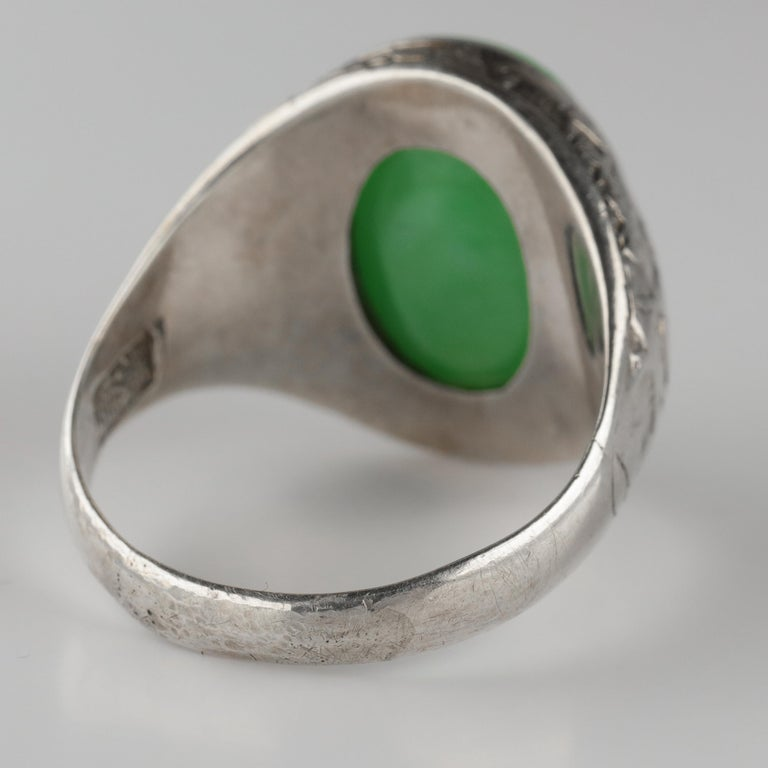 Jade Ring Certified Untreated Hand Carved Vignette Setting, circa 1910 For Sale 2