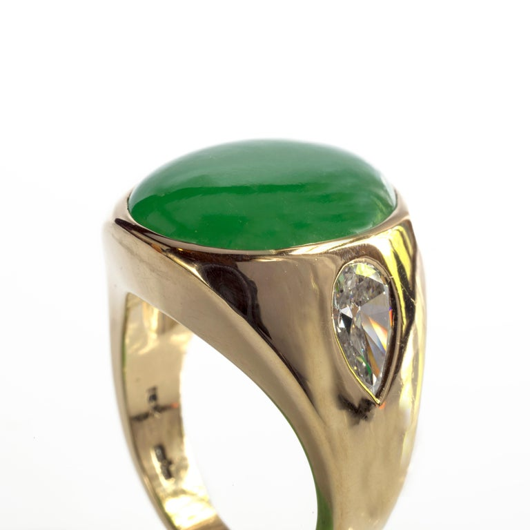 Jade Ring with Diamonds circa 1965 GIA Certified Untreated For Sale 8