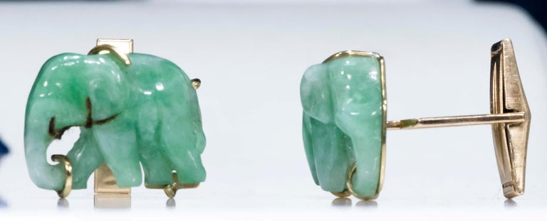 Jade Vintage Carved Green and Gold Elephant Good Luck Cufflinks For Sale 1