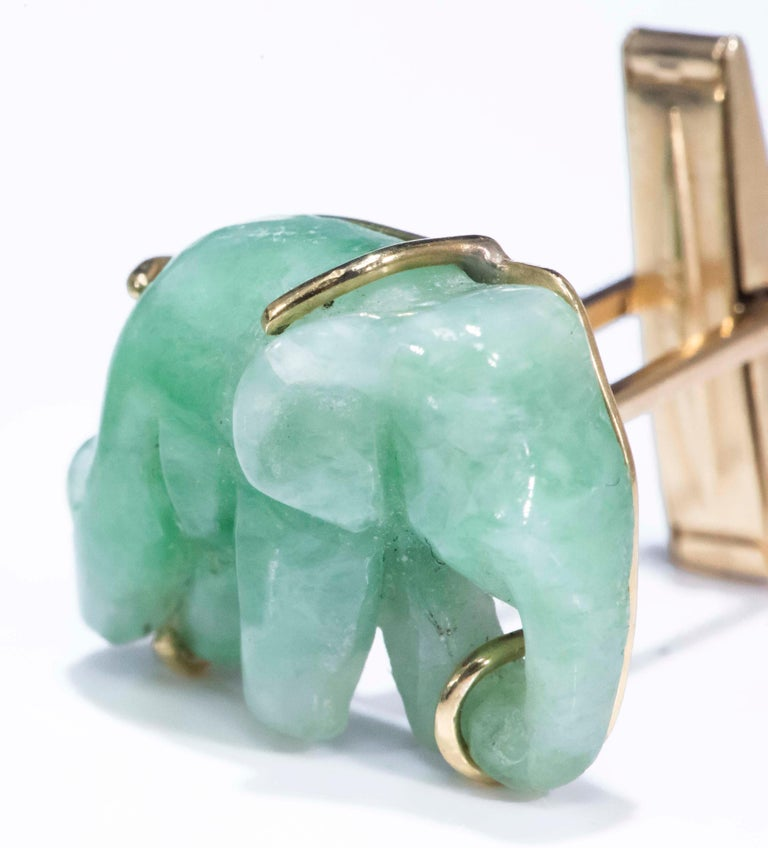 Jade Vintage Carved Green and Gold Elephant Good Luck Cufflinks For Sale 3