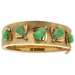 Jade 14 Karat Yellow Gold Diamonds Bangle Bracelet