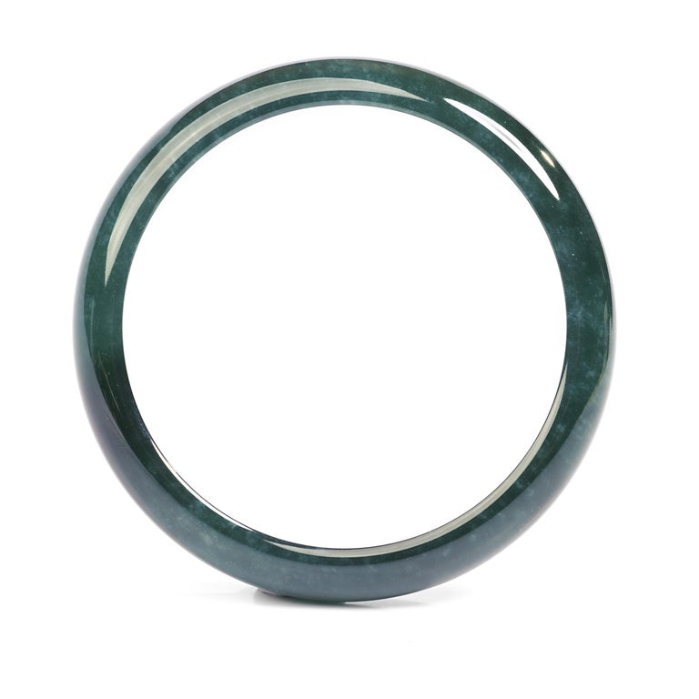 Jadeite Jade Bangle Small, Medium Certified Untreated In Excellent Condition For Sale In Southbury, CT