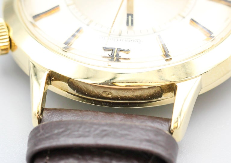 Jaeger-LeCoultre 18 Karat Gold Vintage Memovox Wristwatch For Sale 2