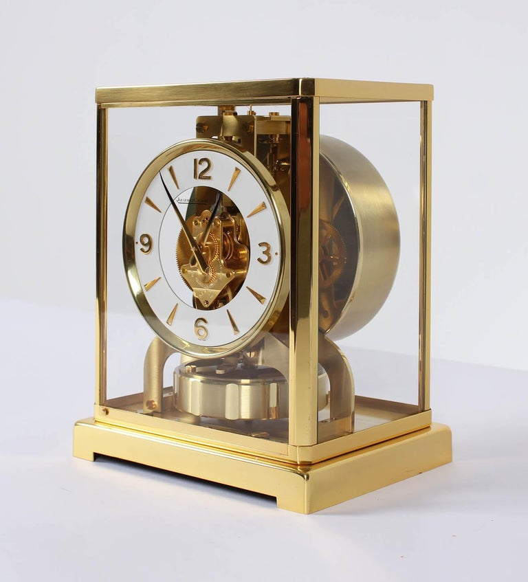 Mid-20th Century Jaeger-LeCoultre Atmos Clock, Cal. 526 Classic, Midcentury, 1966 For Sale