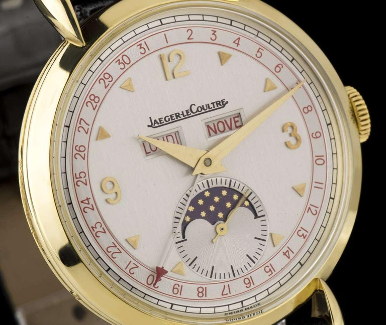 Jaeger-LeCoultre Triple Date Moonphase Vintage Gents 18k Yellow Gold Silver Dial In Excellent Condition For Sale In London, GB