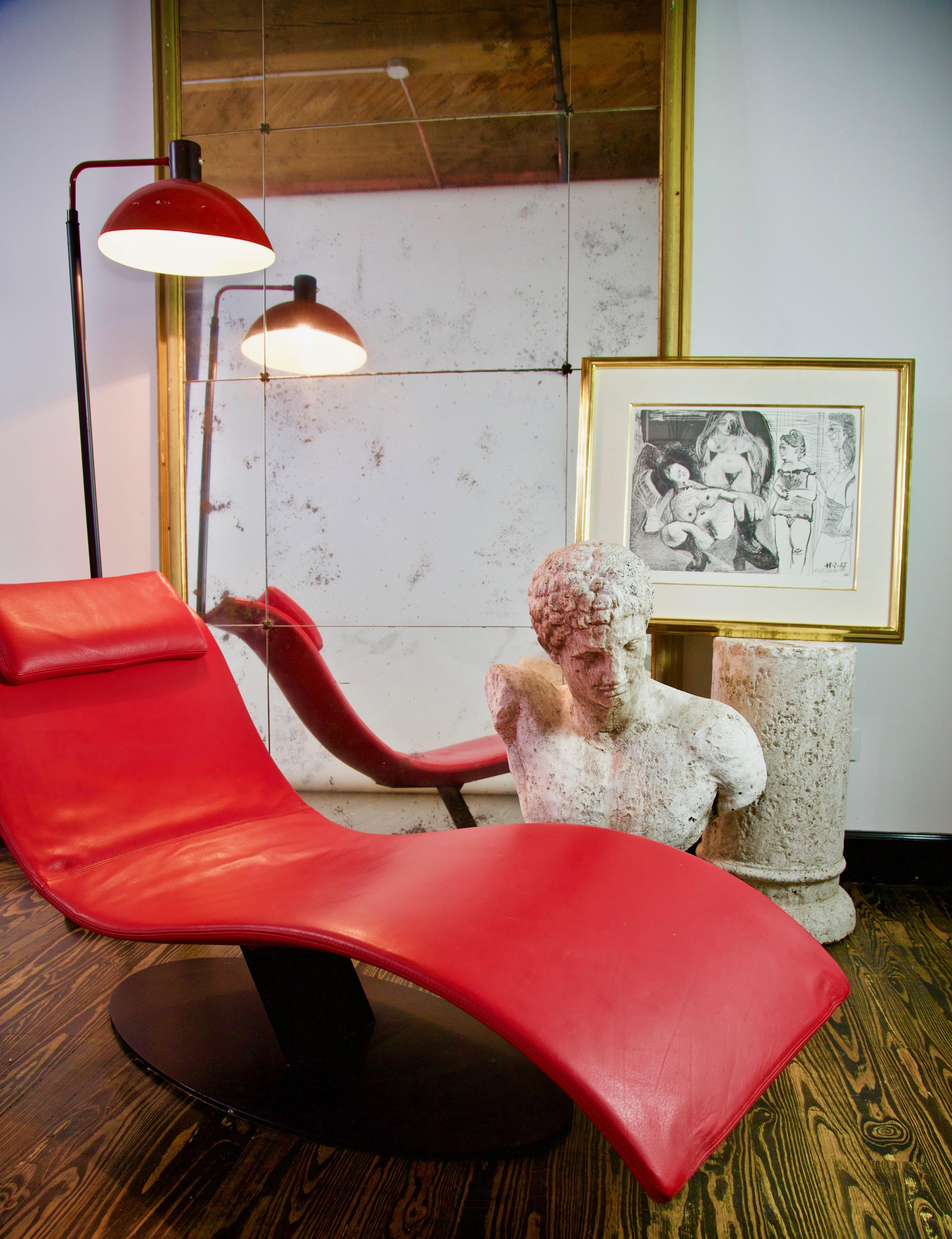 Jai Jalan Minimalist Eli Fly Chaise Lounge By Desiree