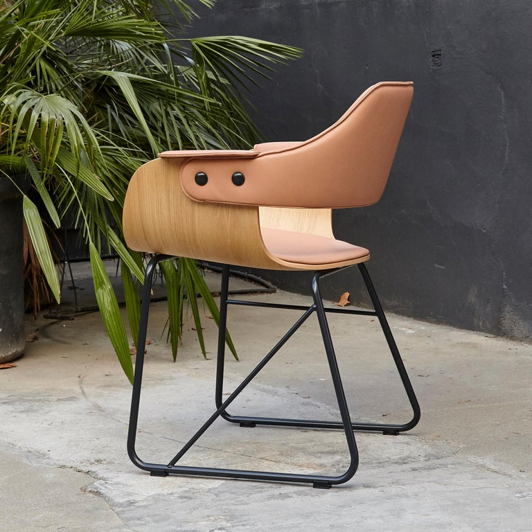 Jaime Hayon Contemporary Leather Upholstered Wood Chair Showtime by BD Barcelona In Good Condition For Sale In Barcelona, Barcelona