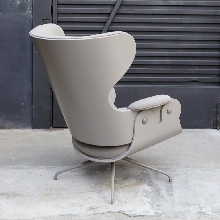Jaime Hayon, Contemporary, Plywood Grey Upholstery Lounger Armchair In Good Condition For Sale In Barcelona, Barcelona