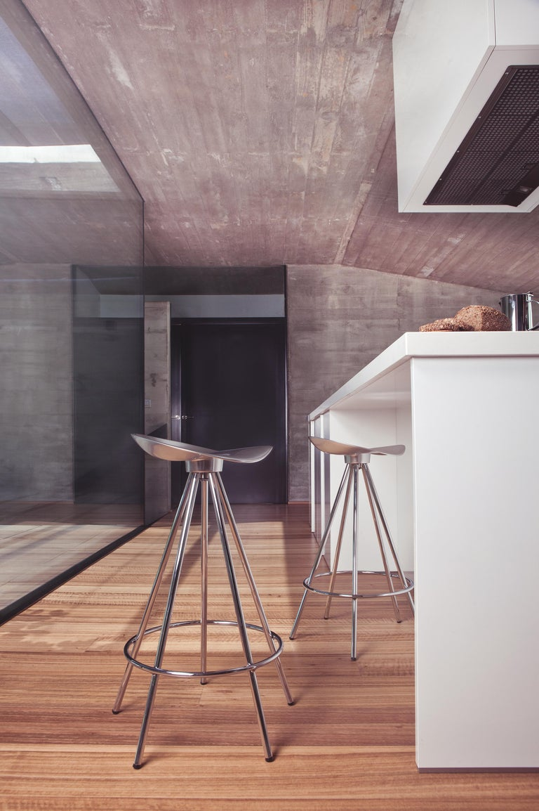 Spanish Jamaica aluminium bar stool For Sale