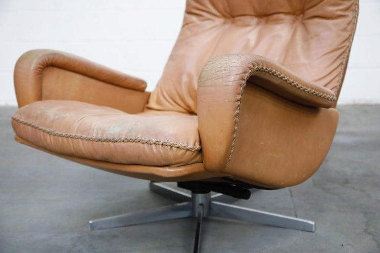 'James Bond' Model S-231 Swivel Lounge Armchair by De Sede, Switzerland, 1960s For Sale 6