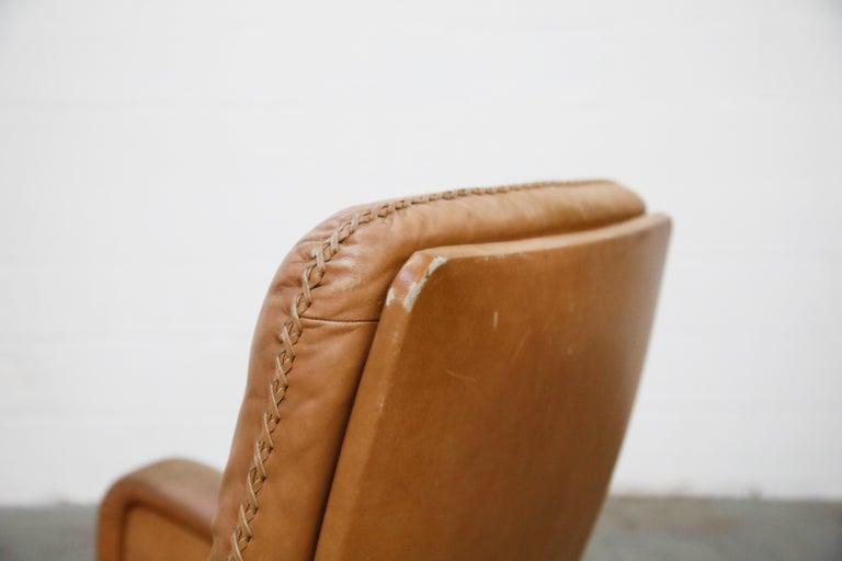 'James Bond' Model S-231 Swivel Lounge Armchair by De Sede, Switzerland, 1960s For Sale 9