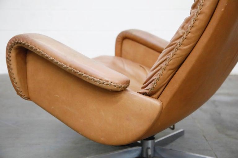 'James Bond' Model S-231 Swivel Lounge Armchair by De Sede, Switzerland, 1960s For Sale 10
