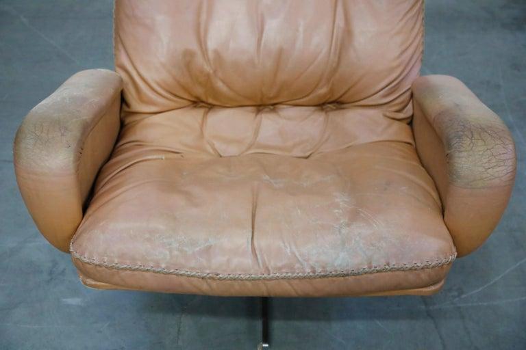 'James Bond' Model S-231 Swivel Lounge Armchair by De Sede, Switzerland, 1960s For Sale 2