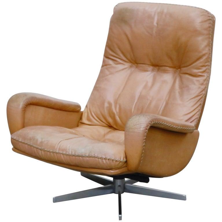 'James Bond' Model S-231 Swivel Lounge Armchair by De Sede, Switzerland, 1960s For Sale