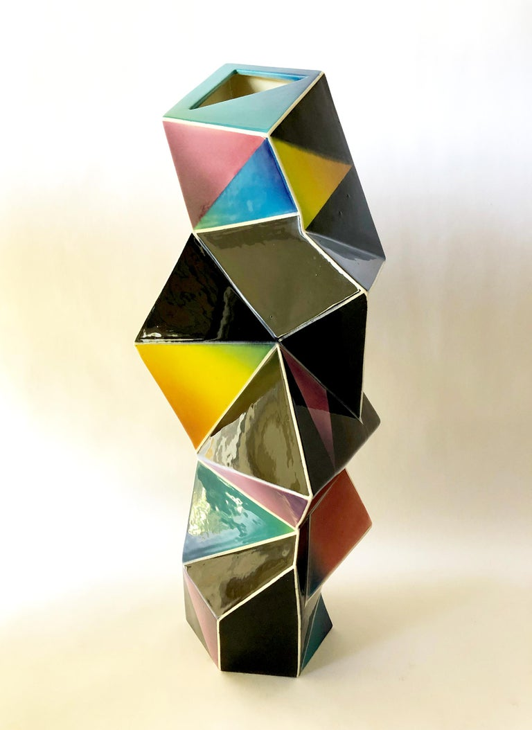 James Caswell Davis 1987 California Postmodernist Sculptural Ceramic Vase In Good Condition For Sale In Pasadena, CA