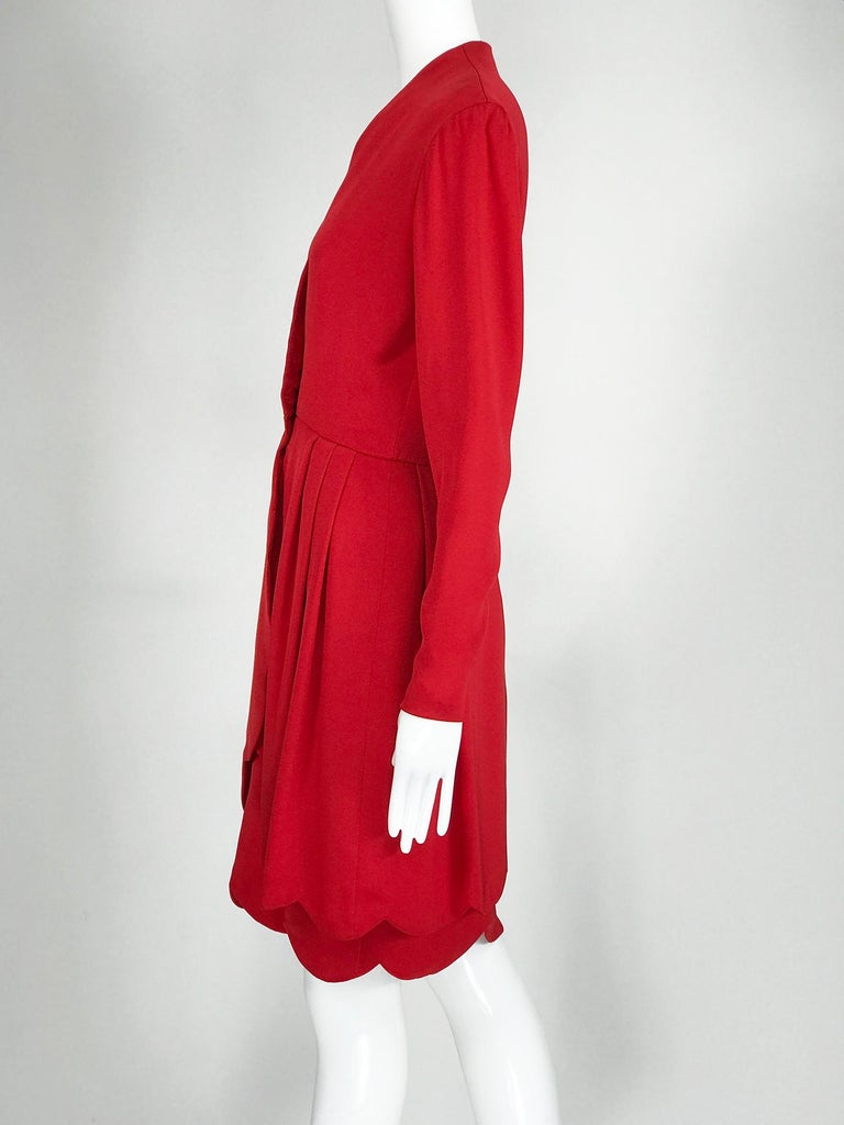 James Galanos Vintage Candy Apple Red Silk Scallop Edge Dress 1980s In Good Condition For Sale In West Palm Beach, FL