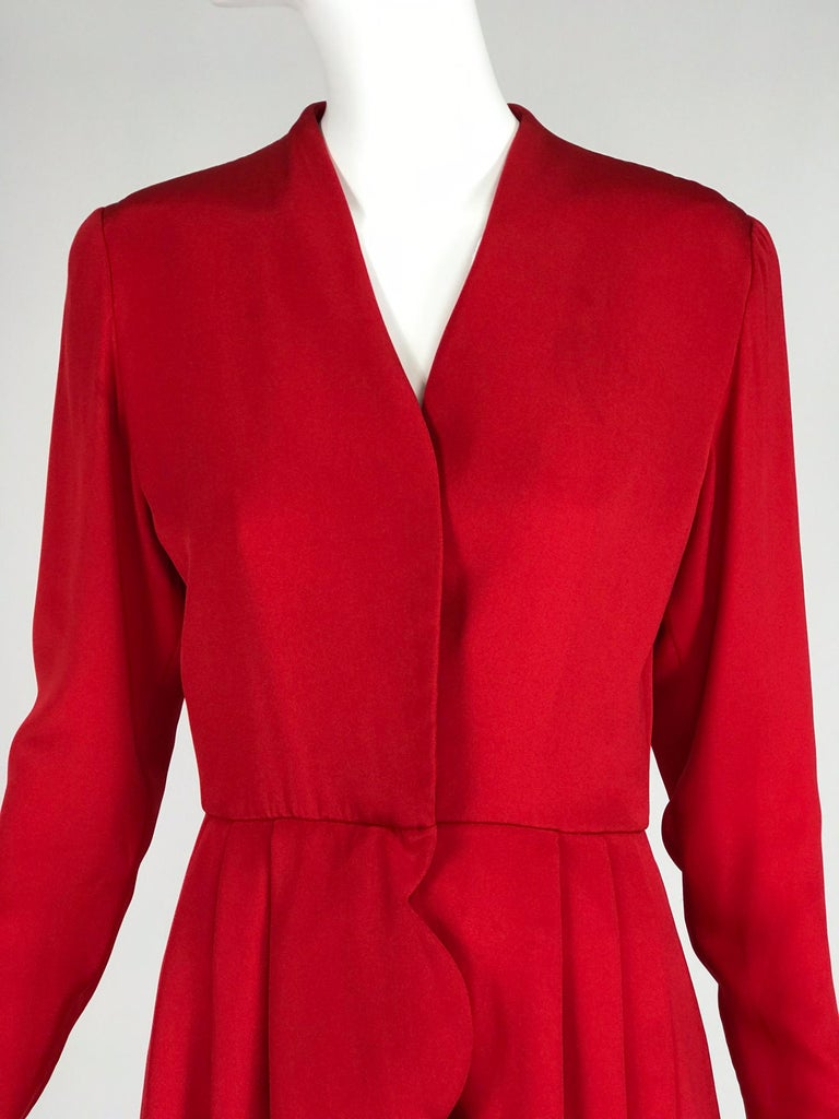 James Galanos Vintage Candy Apple Red Silk Scallop Edge Dress 1980s For Sale 5