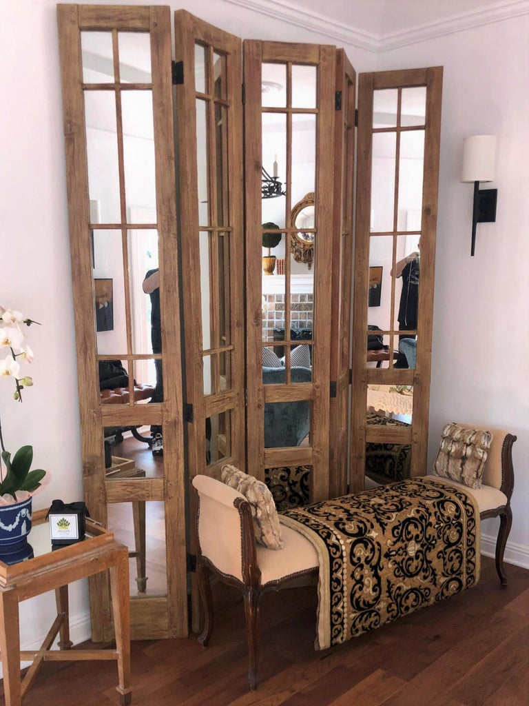 James Lumsden Rustic Designer Five-Panel Mirrored Room Divider Floor Screen In Good Condition For Sale In LOS ANGELES, CA