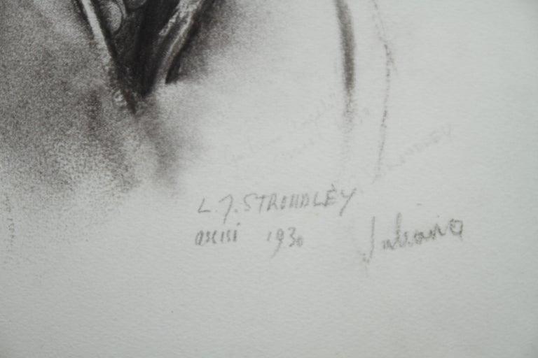 Portrait Juliana - British Art Deco pencil chacoal drawing woman necklace 5