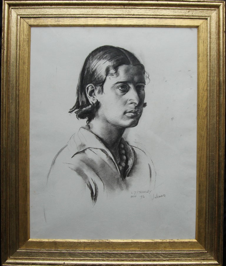Portrait Juliana - British Art Deco pencil chacoal drawing woman necklace 8