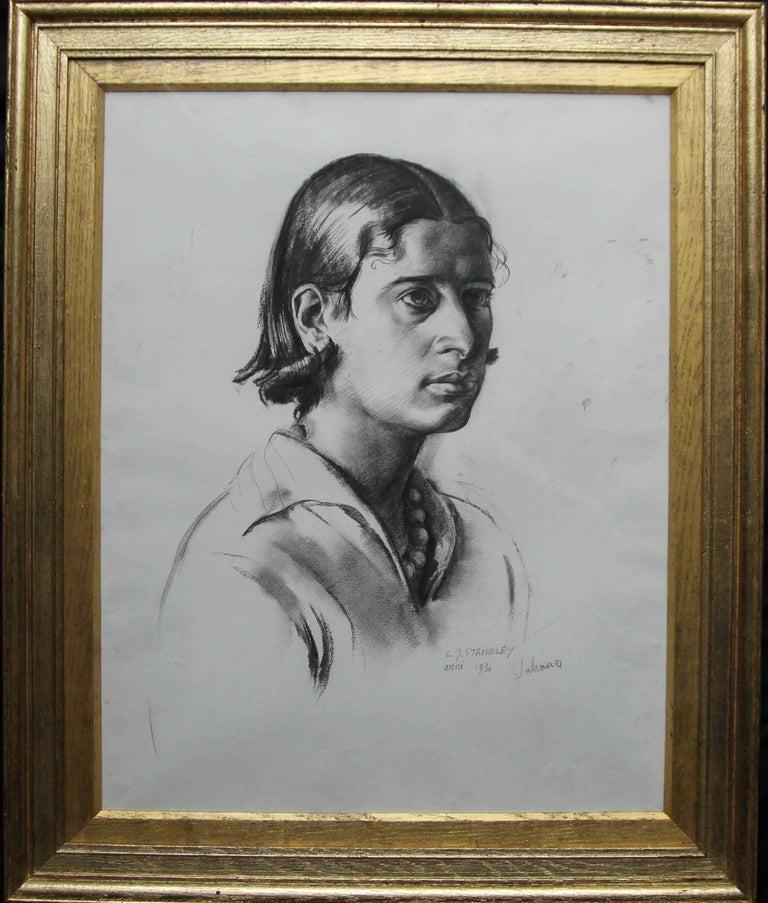 Portrait Juliana - British Art Deco pencil chacoal drawing woman necklace 1