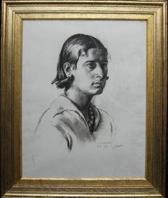 Portrait Juliana - British Art Deco pencil chacoal drawing woman necklace