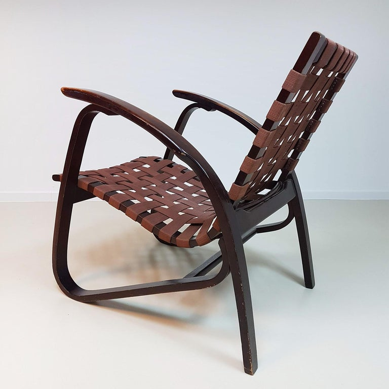 Jan Vanek Pair of Bentwood Easy Chairs Woven Straps Upholstery, 1930s For Sale 2