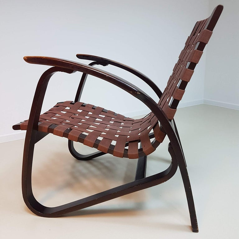 Jan Vanek Pair of Bentwood Easy Chairs Woven Straps Upholstery, 1930s For Sale 3