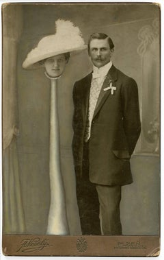 untitled (man with woman and long neck)