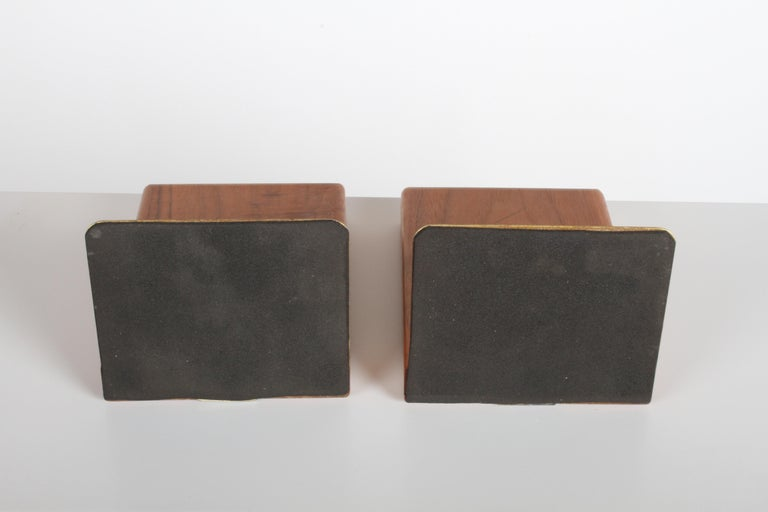 Jane and Gordon Martz Bookends for Marshall Studios For Sale 6