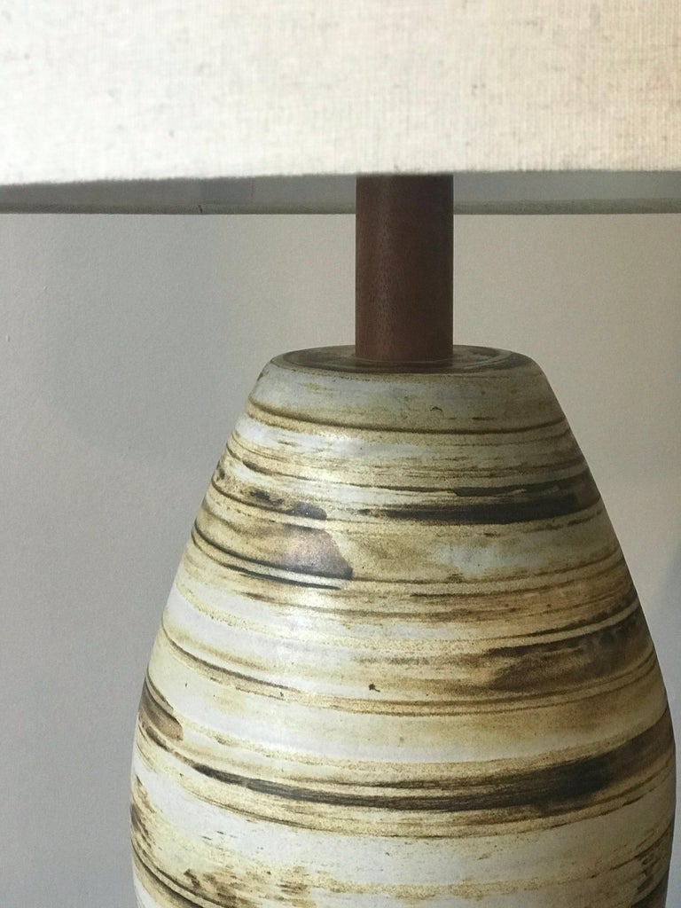 Mid-Century Modern Jane and Gordon Martz Ceramic Lamp for Marshall Studios For Sale