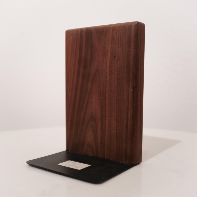Jane and Gordon Martz Walnut Ceramic Bookends for Marshall Studios In Good Condition For Sale In San Diego, CA