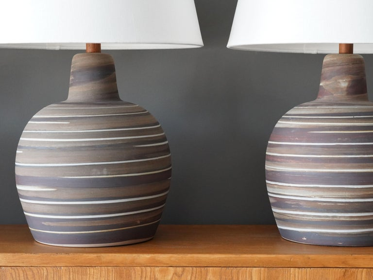 American Jane & Gordon Martz, Table Lamps, Ceramic, Walnut, Linen Marshal Studios, 1950s For Sale