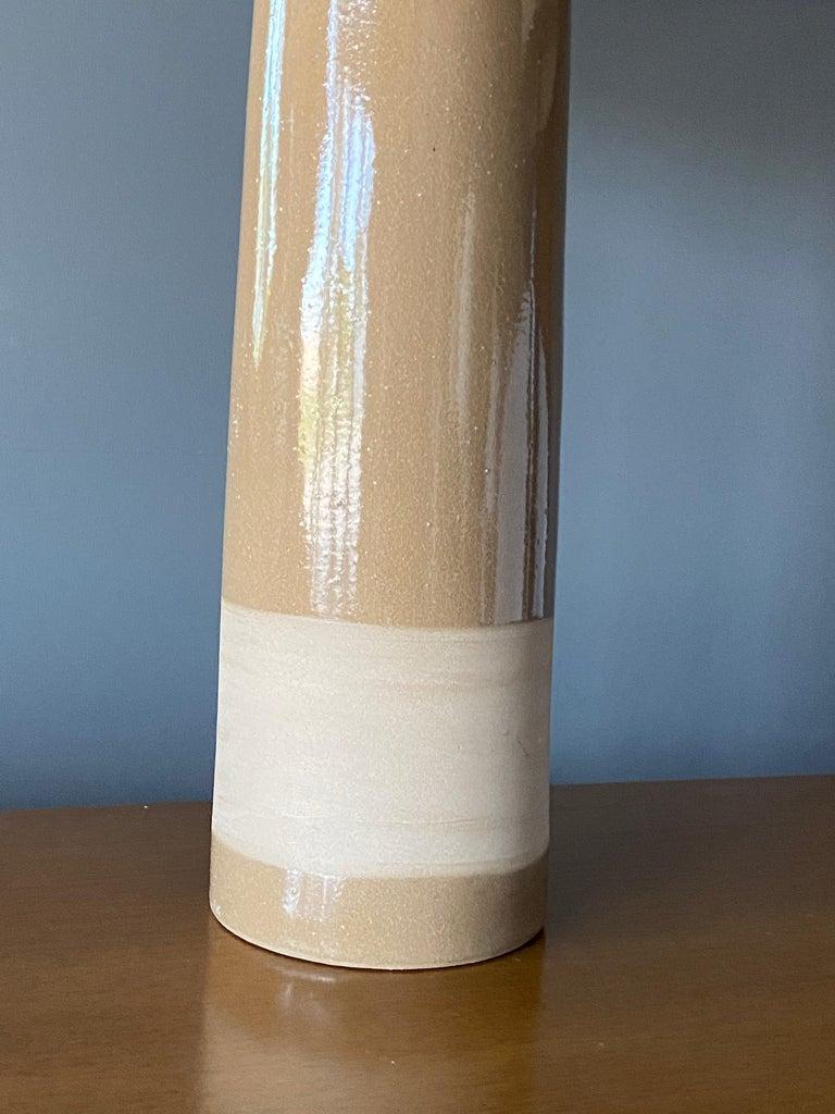 American Jane & Gordon Martz, Table Lamps, Ceramic, Walnut, Linen Marshal Studios, 1950s For Sale