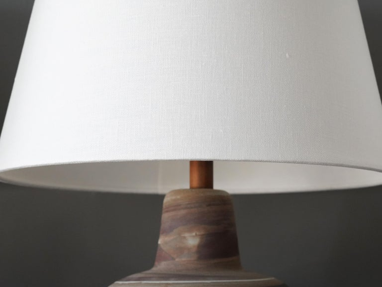 Mid-20th Century Jane & Gordon Martz, Table Lamps, Ceramic, Walnut, Linen Marshal Studios, 1950s For Sale