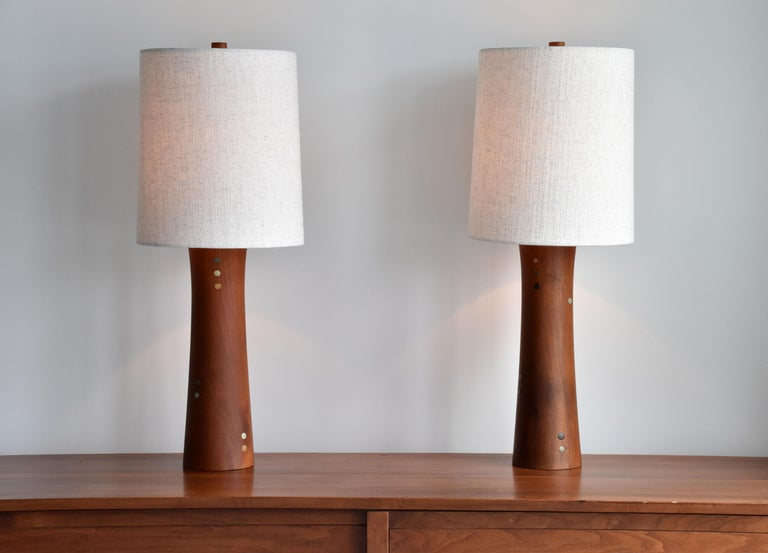 Mid-Century Modern Jane & Gordon Martz, Table Lamps, Walnut, Ceramic, Linen Marshal Studios, 1950s For Sale