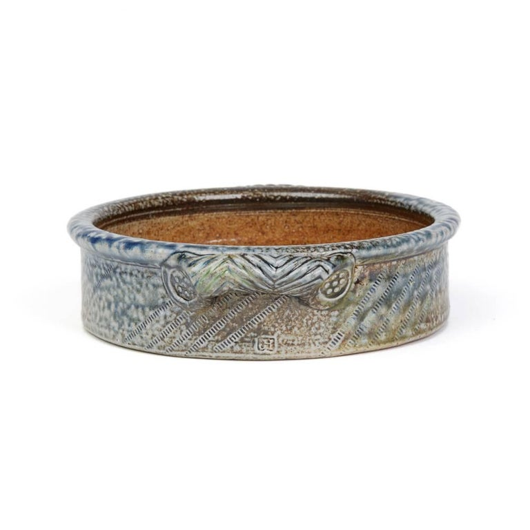 Glazed Jane Hamlyn Studio Pottery Saltglazed Handled Bowl 20th Century For Sale