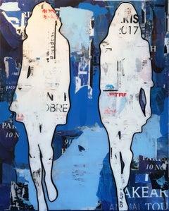 2 Walking Girls Blue