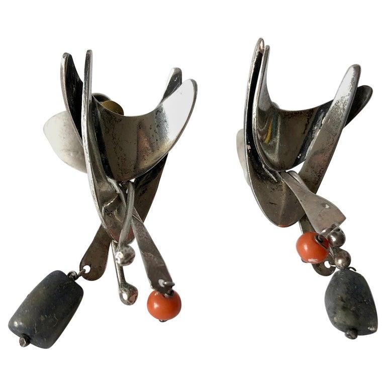 Jane Walker Sterling Silver Coral Wood American Modernist Kinetic Earrings For Sale