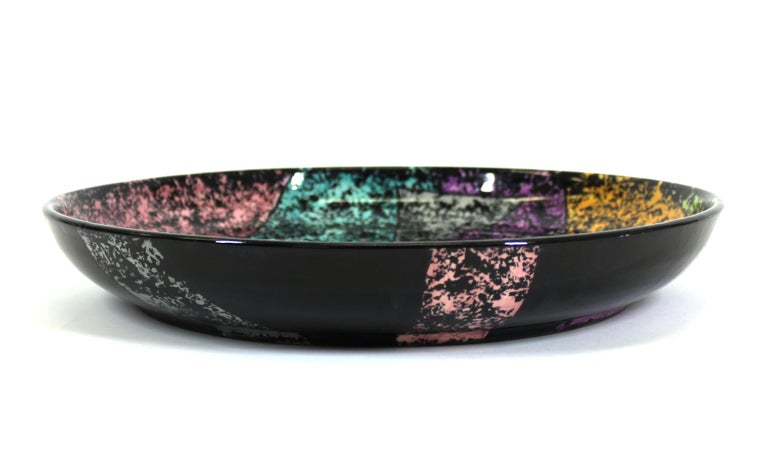 Jane Willingale English Postmodern Charger Plate In Good Condition For Sale In New York, NY