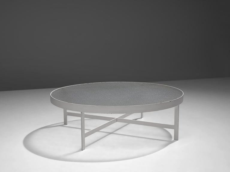 Dutch Janni Van Pelt Round Coffee Table in White Metal and Glass For Sale
