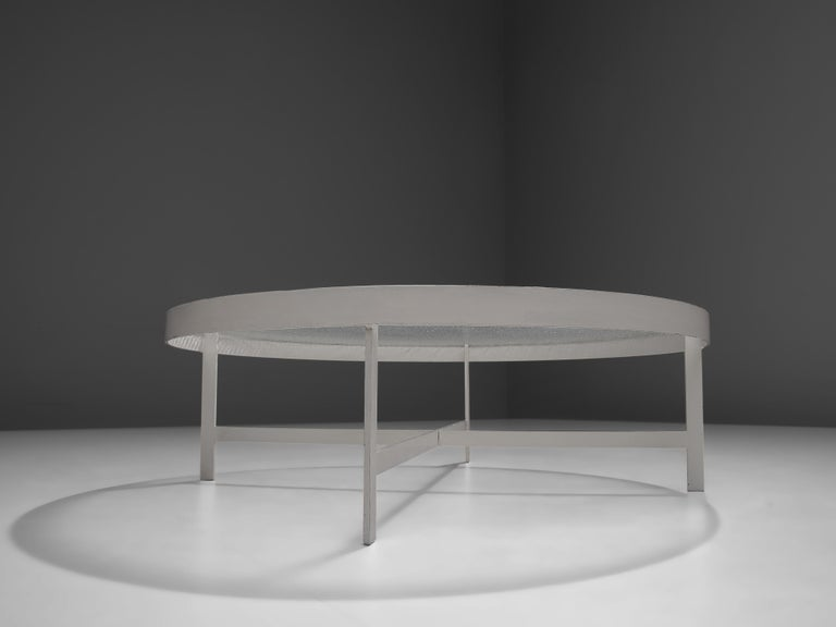 Janni Van Pelt Round Coffee Table in White Metal and Glass For Sale 2
