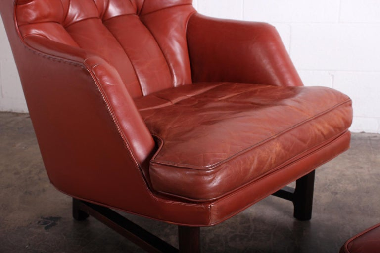 Janus Wing Chair and Ottoman by Edward Wormley for Dunbar in Original Leather For Sale 2