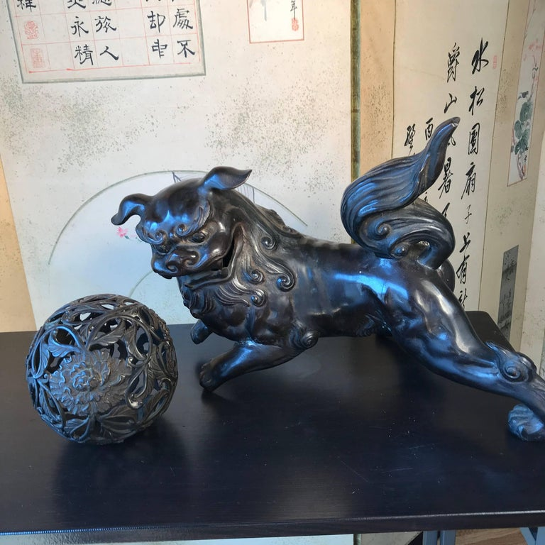 Japan Antique Big Bronze shishi koma-inu Taisho, 1915 For Sale 7