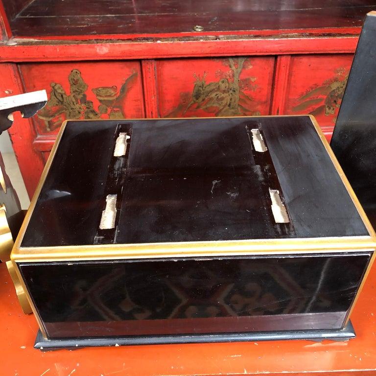 Japan  Antique Lacquer Book Table  For Sale 3