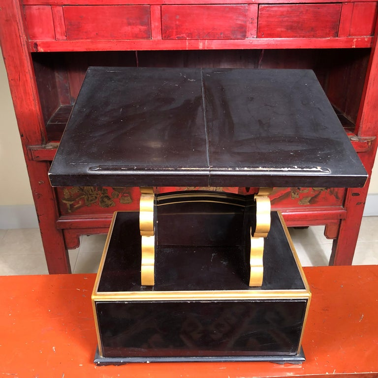 Japan  Antique Lacquer Book Table  In Good Condition For Sale In Shelburne, VT