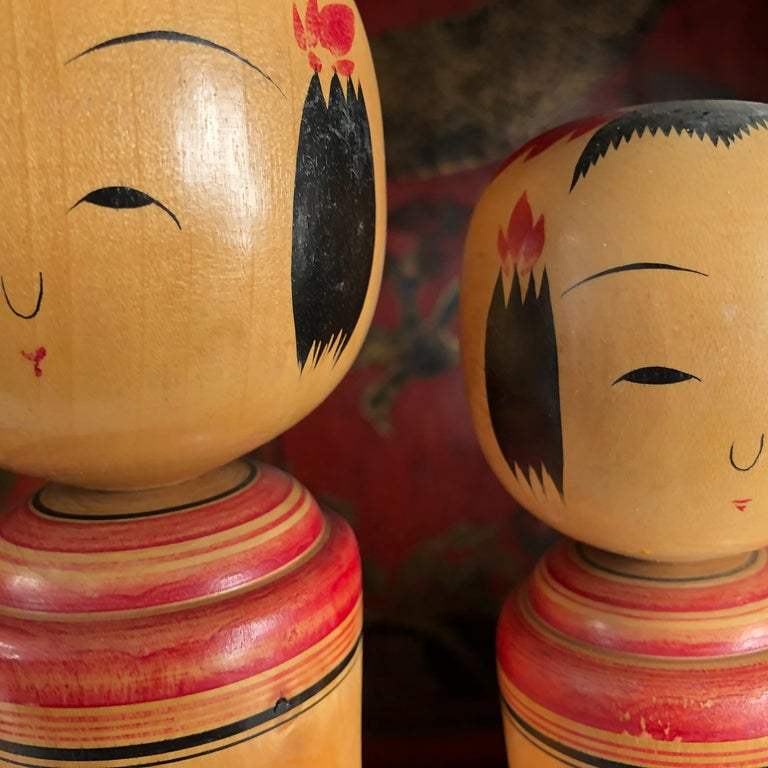 Japan Family Four Big Old Japanese Famous Kokeshi Dolls, Hand Painted, Signed In Good Condition For Sale In Shelburne, VT