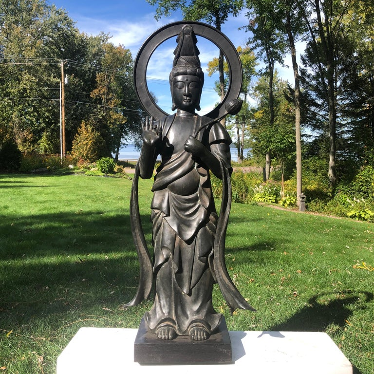 Taisho Japan Fine Antique Tall Cast Bronze Kanon Guan Yin of Compassion Lovely Face For Sale